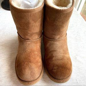 UGG Classic II Shearling Boots Chestnut Big Kids 4